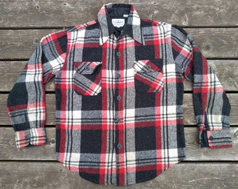 6a4ac7787e3 Plaid Flannel Shirt Jacket vintage 60s 70s CPO Wool Blend Work Wear Black  Red White checked Button Front Grunge Boho Fashion Rugged Outdoors