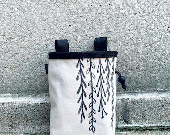 chalk bag, rock climbing chalk bag, linoprint, handcarved, blockprint, rock climbing chalk bag, botanic, ivy chalkbag,