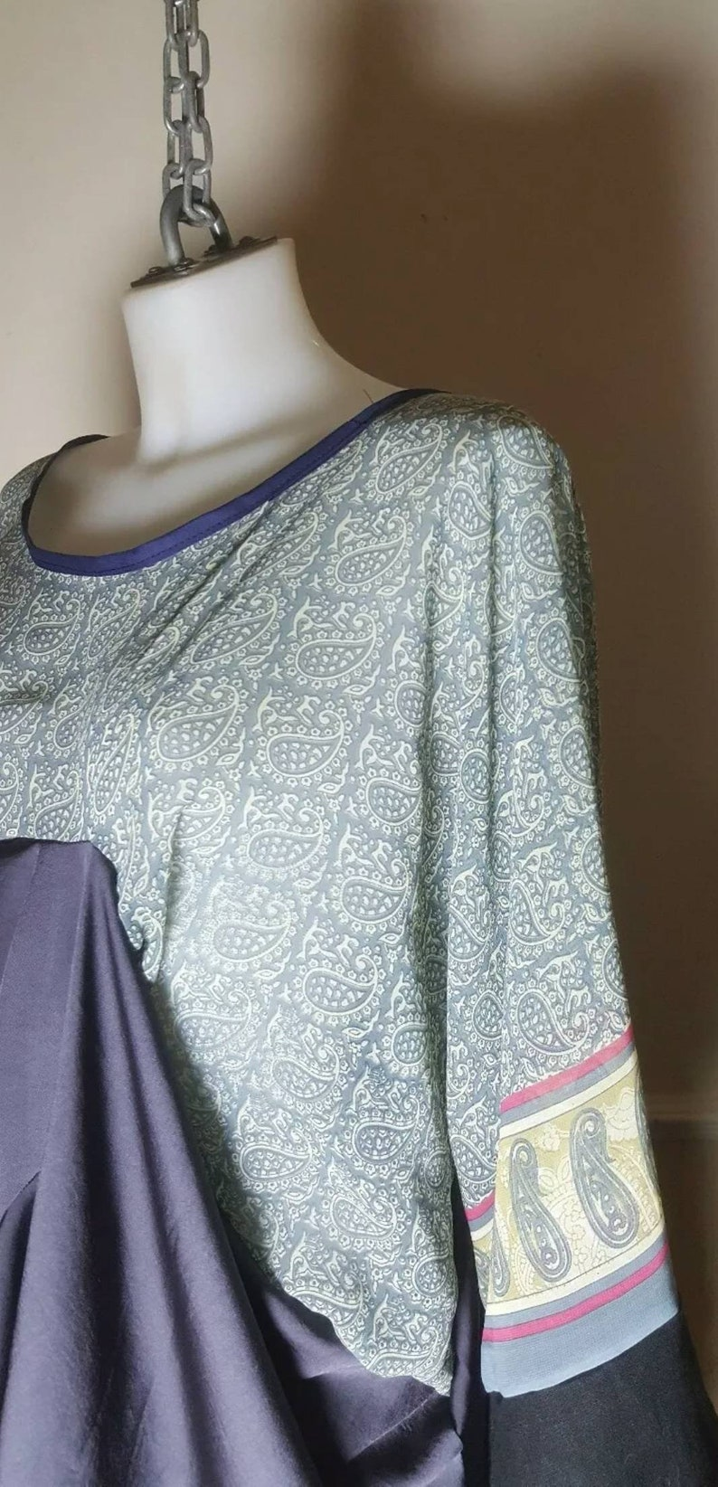 One-of-a-kind Handmade Saree abstract Kaftan kimono Dress One Size Boho Style Lagenlook Kaftan Kimono Dress