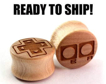 "READY TO SHIP - 3/4"" (19mm) Maple Old School Gamer Wood Plugs - Pair - Hand Turned - Premade Gauges Ship Within 1 Business Day!"