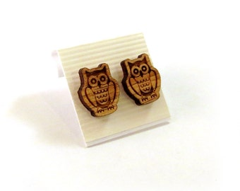 Owl Oak Wooden Post Earrings - Sustainable Wood Ear Studs