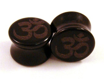 "Om Symbol Black Glass Plugs - 2g (6mm) 00g (10mm) 7/16"" (11mm) Ohm Opaque Gauges"