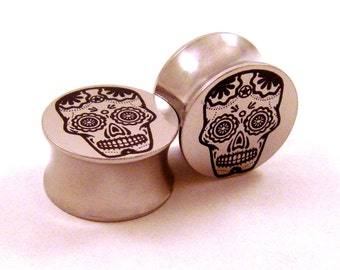 "Sugar Skull Surgical Steel Plugs 00g (10 mm) 7/16"" (11mm) 1/2"" (13mm) 9/16"" (14mm) 5/8"" (16 mm)  Metal Gauges"