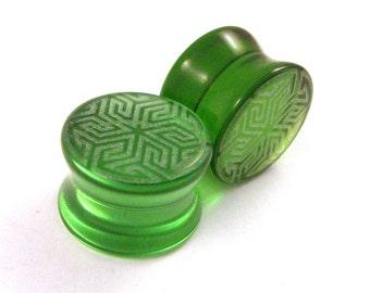 "Maze of Life Green Glass Plugs - PAIR - 0g (8mm) 00g (9mm) (10mm) 7/16"" (11mm) 9/16"" (14mm) 5/8"" (16mm) Transparent Ear Gauges"