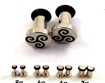 Celtic Triskele 316L Surgical Steel Plugs - Single Flared - 8g (3mm) 6g (4mm) 4g (5mm) 2g (6mm) Single Flare Metal Ear Gauges