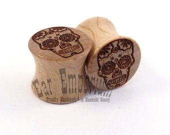 "Sugar Skull Maple Wooden Plugs - 00g (10mm) to 44mm incl 7/16"" (11mm) 1/2"" (13mm) 9/16"" (14mm) 5/8"" (16mm) 3/4"" (19mm) 7/8"" Wood Ear Gauges"