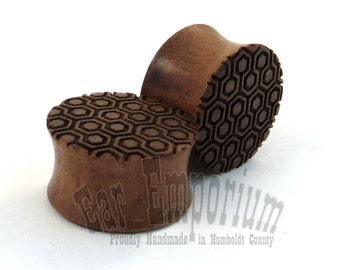 "Honeycomb Pattern Walnut Wooden Plugs 2g (6mm) through 2"" (51mm) including 0g 8mm 00g 9mm 10mm 7/16"" 11mm 1/2"" 13mm 9/16"" 14mm 5/8""3/4"" 7/8"""