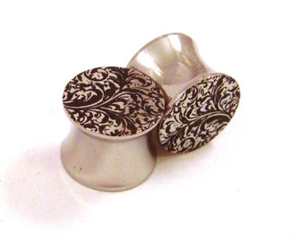 "Paisley Pattern on Surgical Steel Plugs - 00g 7/16"" (11mm) 1/2"" (13mm) 9/16"" (14mm) 5/8"" (16 mm) Solid Metal Ear Gauges"