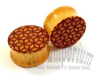 "Geometric Cube Pattern Wooden Plugs  00g (9mm) 000g (10mm) 7/16"" (11mm) 1/2"" (13mm) 9/16"" 14mm 5/8"" 16mm 11/16"" 3/4"" 7/8"" 1"" Wood Ear Gauges"