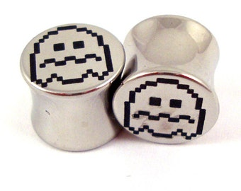 "Scared Ghost Double Flared Plugs - Surgical Steel - 2g 0g 00g 7/16"" (11 mm) 1/2"" (13mm) 9/16"" (14mm) 5/8"" (16mm) - Metal Gauges"
