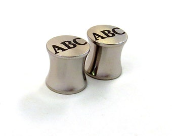 "Personalized Monogram Steel Plugs - 2g (6mm) 0g (8mm) 00g (10mm) 7/16"" (11 mm) 1/2"" (13mm) 9/16"" (14mm) 5/8"" (16mm) Metal Ear Gauges"
