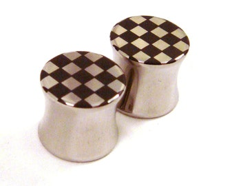 "Checkered Double Flared Surgical Steel Plugs 2g 0g 00g (10mm) 7/16"" (11 mm) 1/2"" (13mm) 9/16"" (14mm) 5/8"" (16mm) Rude Boy Metal Ear Gauges"