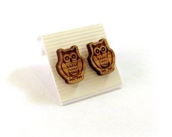 Owl Oak Wooden Post Earrings - Sustainable Wood Ear Studs