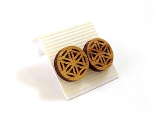 Flower of Life Sustainable Wooden Post Earrings - Medium - Oak Wood Studs