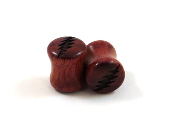 """13 Point Bolt Bloodwood Wooden Plugs - PAIR - 2g (6.5mm) 0g (8mm) 00g (9mm) 7/16"""" (11mm) 1/2"""" (13mm) 9/16"""" (14mm) and up Red Wood Ear Gauges"""