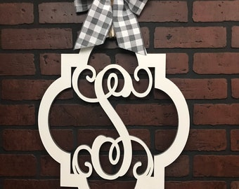 Monogram Quatrefoil Door Hanger | Vine Letter | Bow Options
