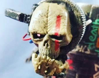 Assemblage Valerobot death collector droid