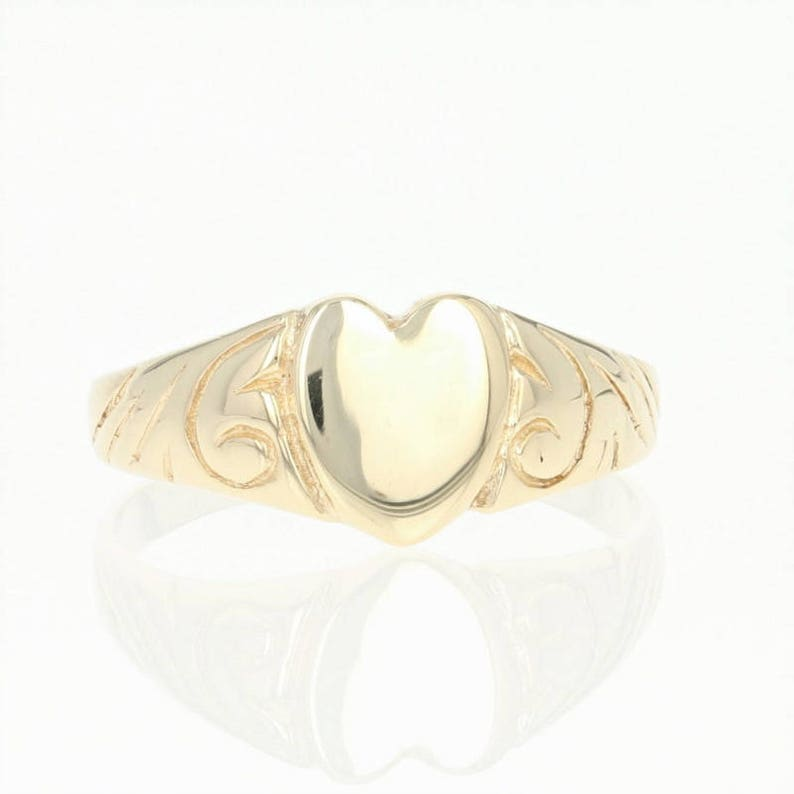 Hearty 10ct Yellow Gold Engravable Signet Ring Other Fine Rings