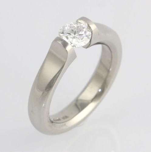 Engagement Rings Netherlands: Engagement Ring Steven Kretchmer Omega Tension GIA Diamond