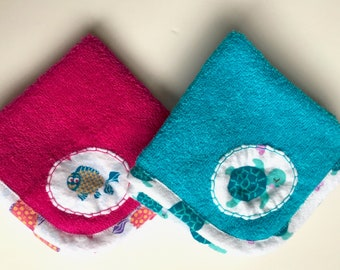 Children's Washcloths (2) Turquoise and Hot Pink