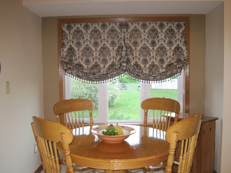 How You Can Dangle Balloon Curtains For Living Room