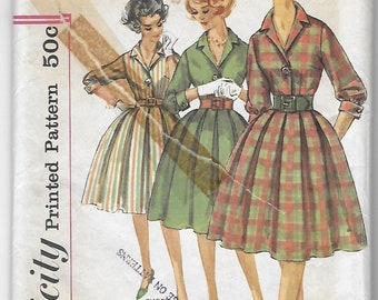 Vintage Simplicity 3580 Sewing Pattern Early 1960s Misses One-Piece Dress sz 10