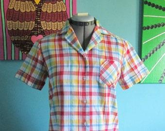 Vintage Plaid Button Up Shirt 8/Medium