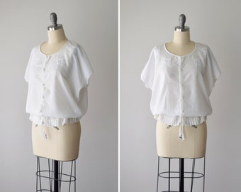 7a45b79b1a5 Vintage White Peasant Blouse M L / Embroidered Folk Blouse / Drawstring  Blouse / White Cotton Blouse / Boho Bohemian Blouson / Size M L