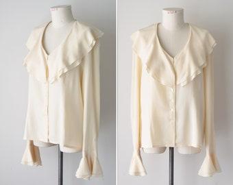 16a03d7994709 Silk Blouse   Off White   Cream Silk   90s Silk Shirt   Cream Silk Top    Ruffle Blouse   Silk Poet Blouse   Ruffle Collar   Size Medium