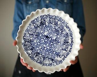 La tourtière d'Annette, white and blue - Pie plate - artetmanufacture
