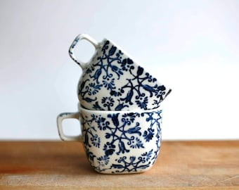 Simone/ set of two coffee cups with handle/ blue flowers/artetmanufacture