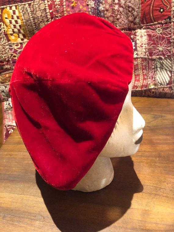Vintage Red Velvet 10 inch beret hat