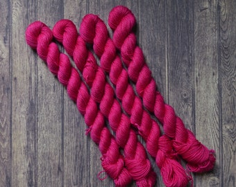 Sock yarn mini skein 20g hand dyed merino nylon fingering yarn 4 ply yarn superwash raspberry pink