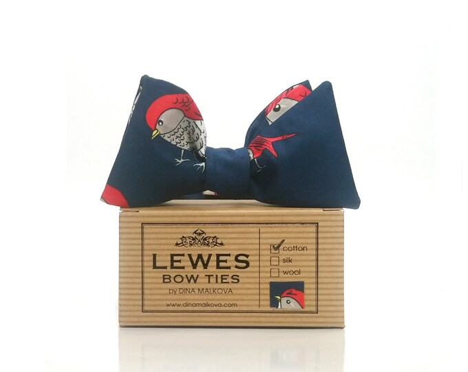 Christmas robins self tie bow tie on navy blue cotton