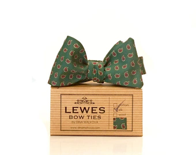 Men's English classic dark green and burgundy mini paisley vintage silk self tie bow tie