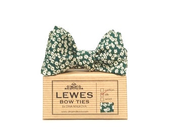 Bow tie - dark green and white mini floral vintage silk self tie bow tie | classic dark green vintage silk men's self-tie bow tie
