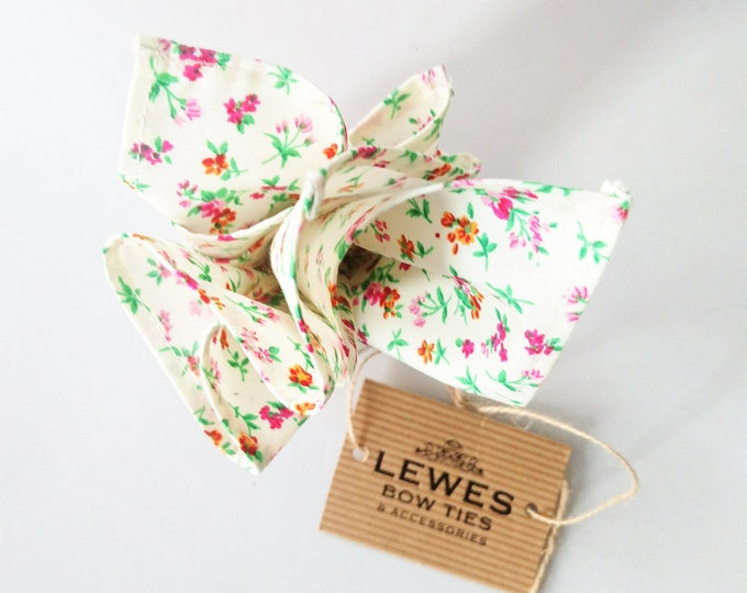 Mens pocket square cream floral cotton | wedding floral pocket square | mens floral pocket square with mini floral print