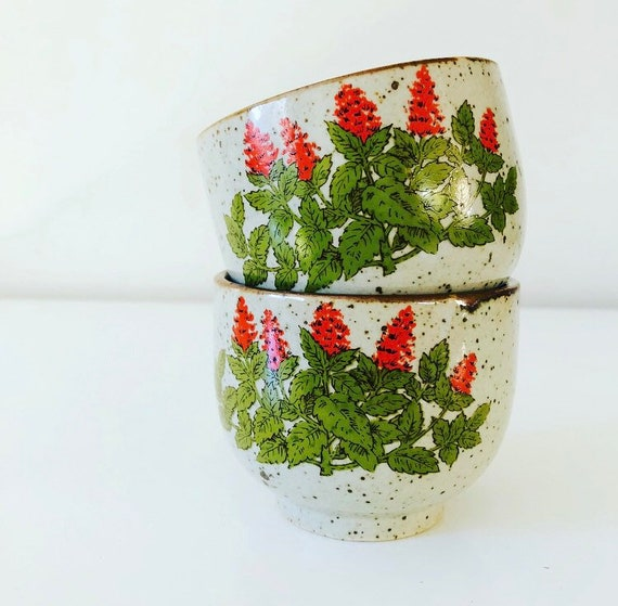 Vintage Japanese Ceramic Tea Cups Set of (2) Speckled Stoneware Sake Cups Bohemian 70s Red and Green Floral Boho Decor