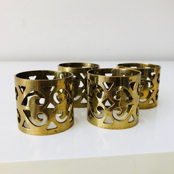 Vintage Brass napkin Rings Set of (4) Hollywood Regency Ornate Cut out Gold Brass Napkin Holders
