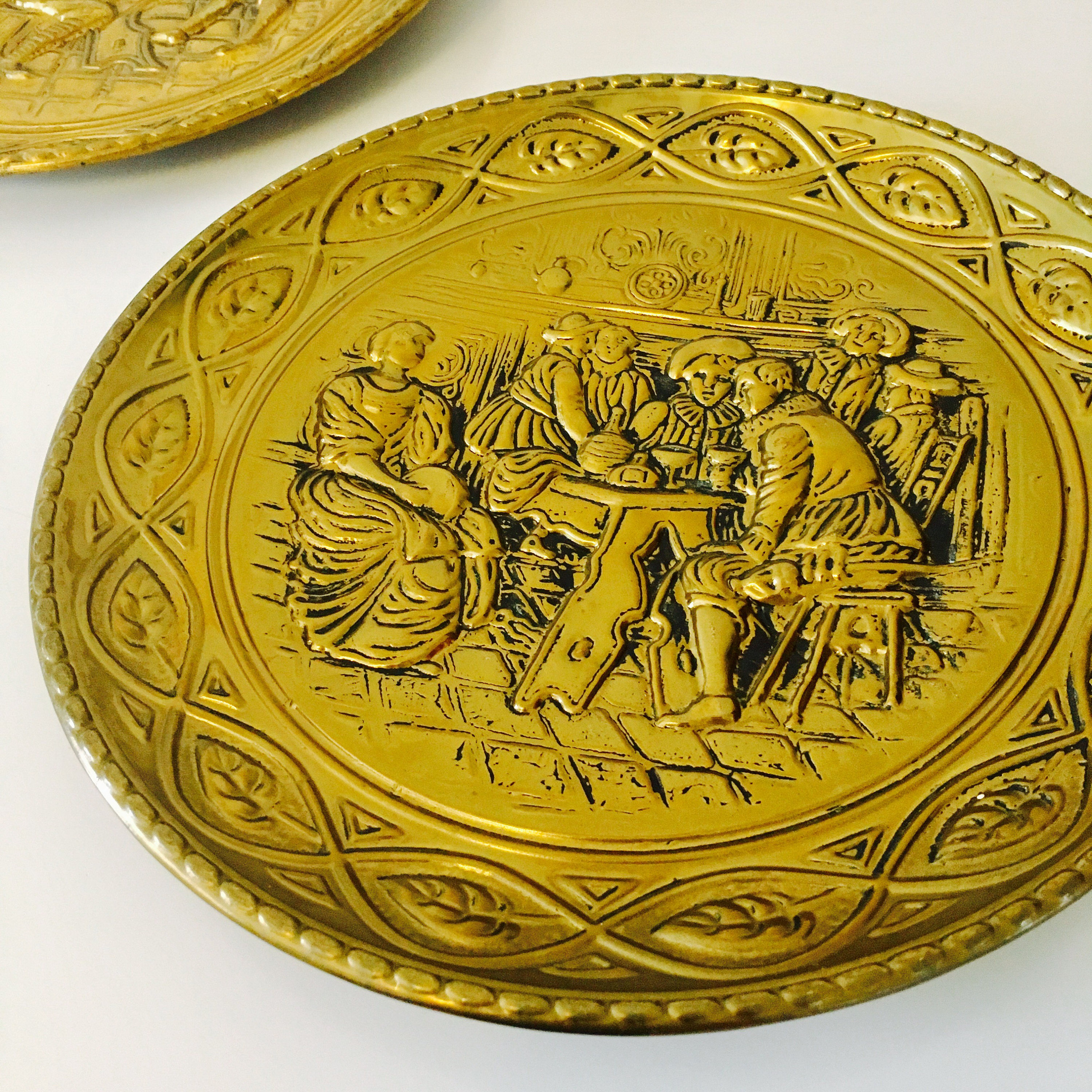 Colorful Brass Wall Plates Decor Crest - Wall Art Collections ...