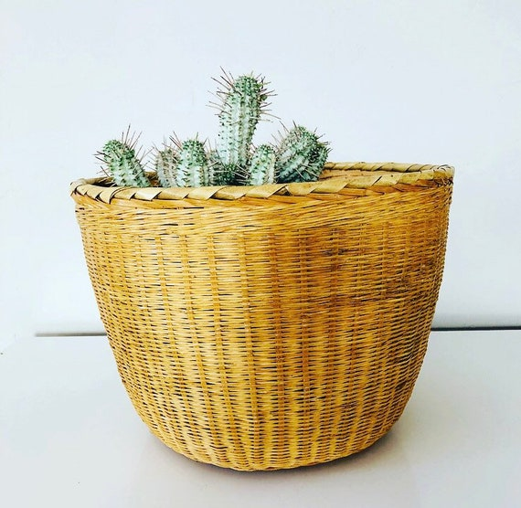 Vintage Wicker Basket Medium Woven Wicker Storage Basket Plant Holder Boho Decor