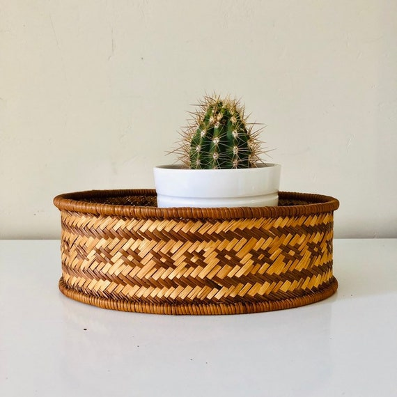 Vintage Oval Rattan Basket Woven Wicker Storage Basket Geometric Pattern Plant Basket Boho Decor