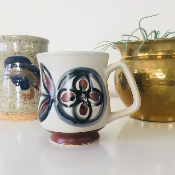 Vintage Boho 1970s Ceramic Coffee Mugs Brown Indigo Flower Ceramic Mug Coffee Tea Retro Drinkware