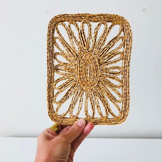 Vintage Straw Raffia Trivet Woven Natural Wicker Wall Hanging Floral Rectangle Boho Decor
