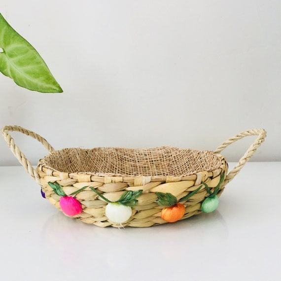 Vintage Round Woven Raffia Basket Colorful Fruit Serving Handles Woven Serving Basket Spring Decor