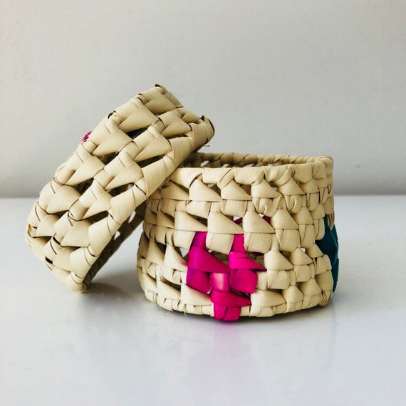 Vintage Woven Straw Basket with Lid Small Ethnic Natural Pink Green Woven Wicker Container Boho Decor