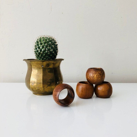 Vintage Wood Napkin Rings Set of (4) Brown Wooden Mid Century Wood Grain Napkin Holders