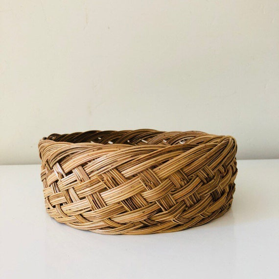 Vintage Woven Wicker Basket Round Braided Rattan Storage Basket Woven Plant Basket Boho Decor