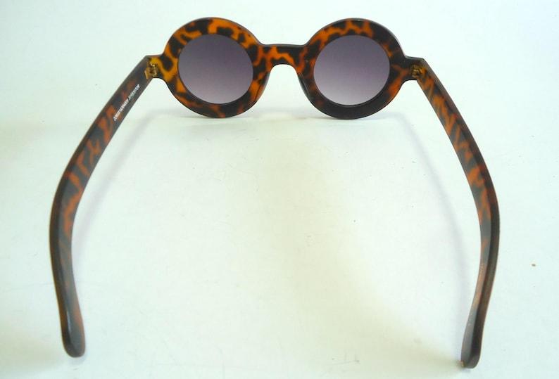 4e21cfa27794 Vintage Sunglasses Round Tortoise Bakelite 1980 s