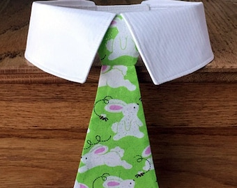 Easter Bunnies Dog Bow Tie or Dog Necktie, White Bunnies on Light Green Dog Tie with Glitter, Easter Dog Necktie, Easter Dog Bow Tie